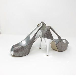BRAND NEW!! Guess Shoes